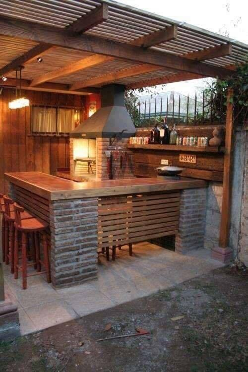 прост кухня украса в градината