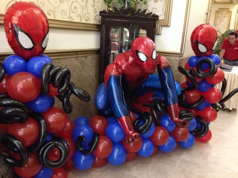 decoracion con globos de spiderman (2) (FILEminimizer)