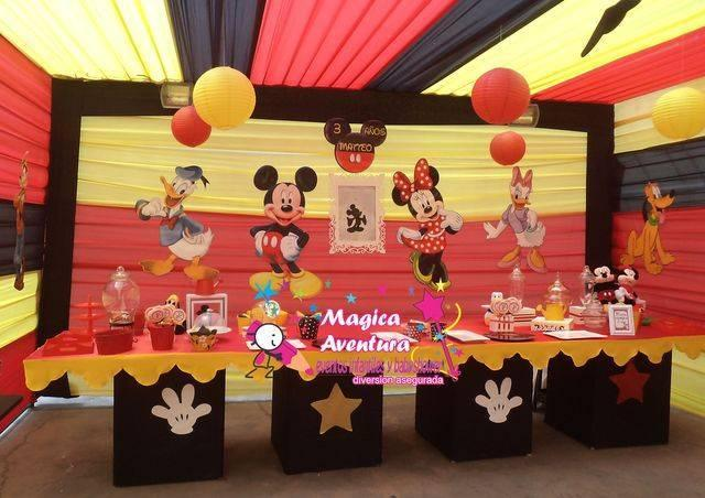 decoracion con telas de mickey mouse (1)