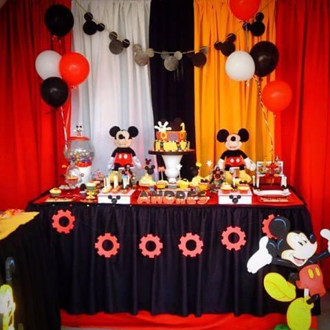 decoracion con telas de mickey mouse (2)