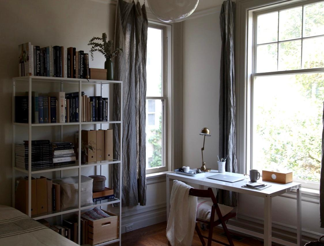 diy-easy-raw-edge-linen-curtains-1