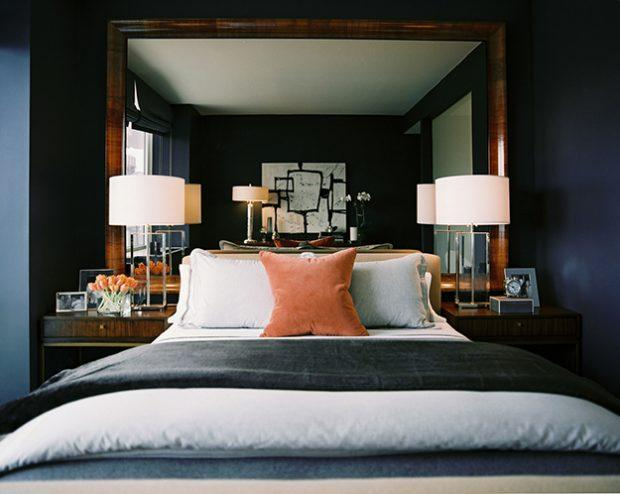 mirrored-headboard