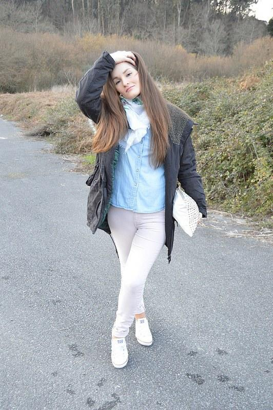 look-parka-gris-lluvia-pull-and-bear (2)