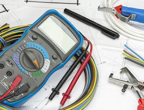 Tijera de electricista for Trabajo de electricista en malaga