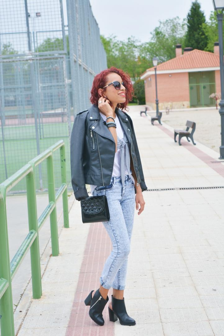 Look casual con camiseta blanca