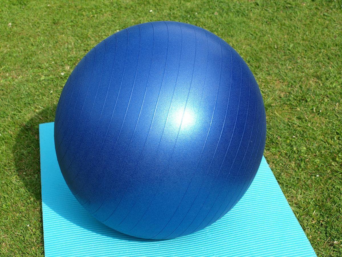 exercise-ball-374948_1920