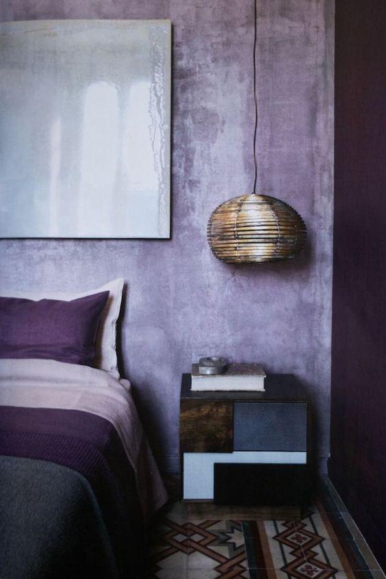 pared interior ultra violet