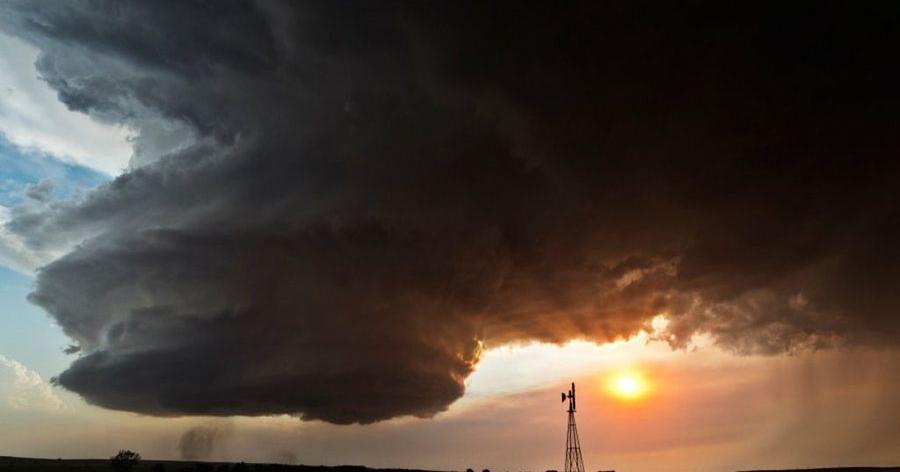 Impresionantes imágenes capturadas por un fotógrafo que persigue tormentas