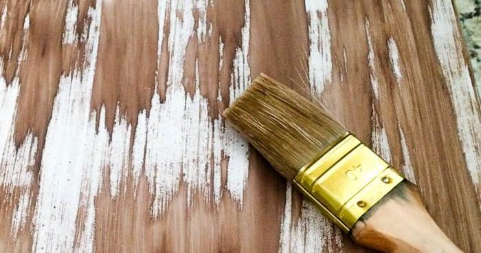 Cómo imitar la madera con pintura pizarra
