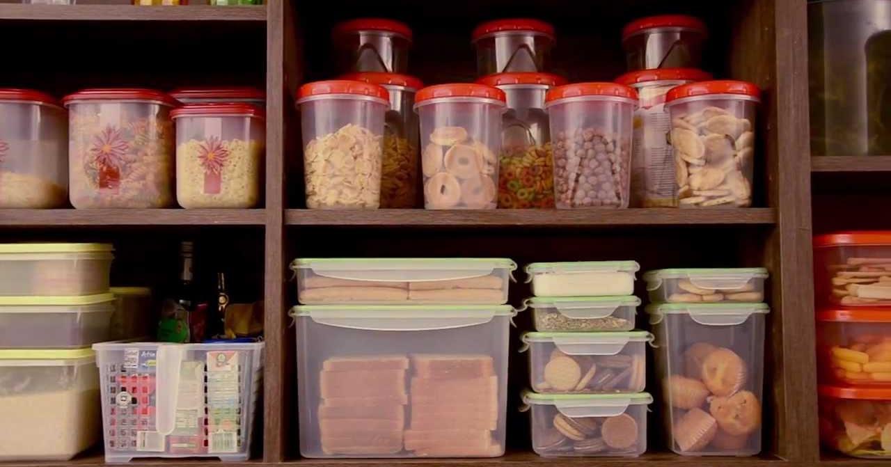 Pon orden en los muebles de la cocina cocina for Ordenar armarios cocina