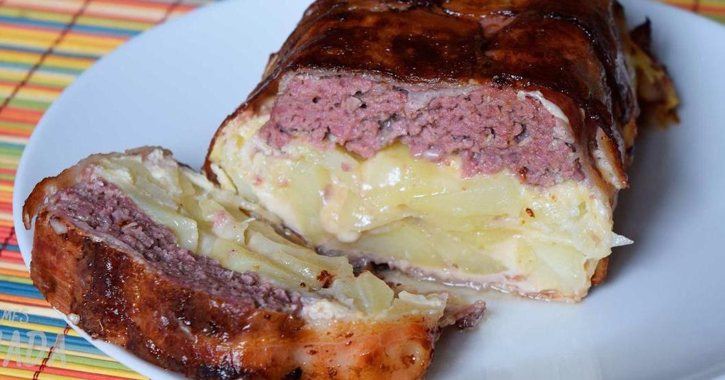 Pastel de carne y tortilla de patatas