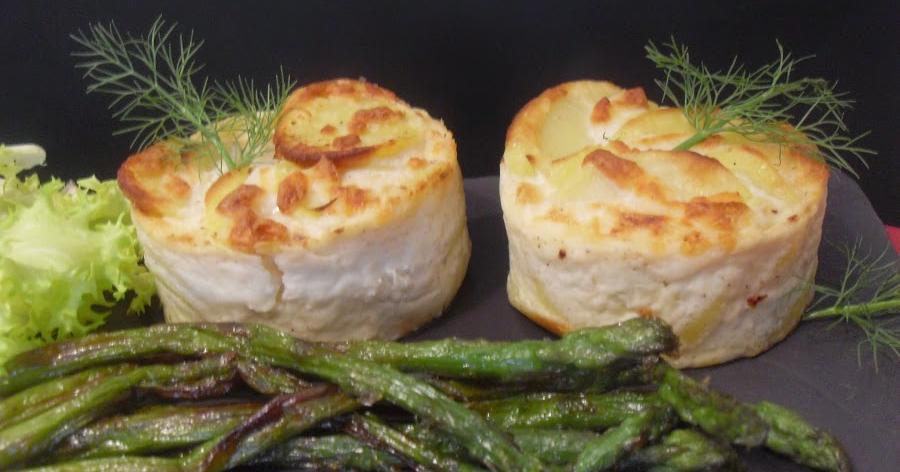 Pastelitos de patatas con bacon, champiñones y queso