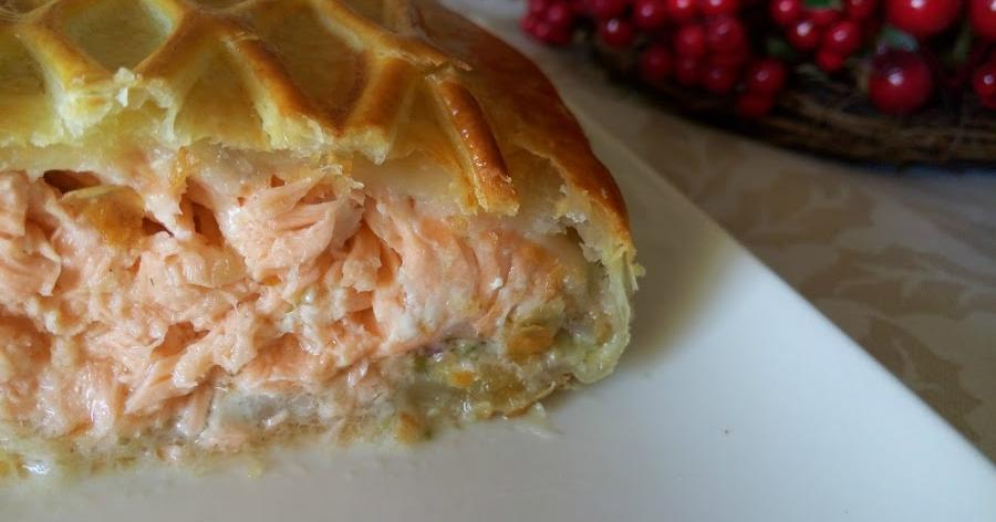 Hojaldre de salmón y salsa tártara