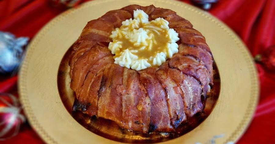 Pastel de carne con huevo y bacon