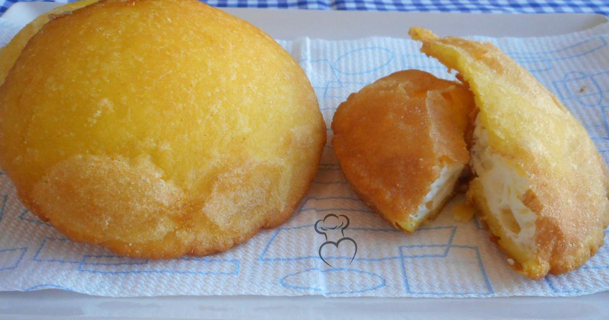 Arepas colombianas fritas de huevo