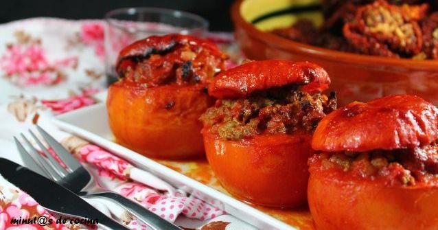 Tomates rellenos de ternera