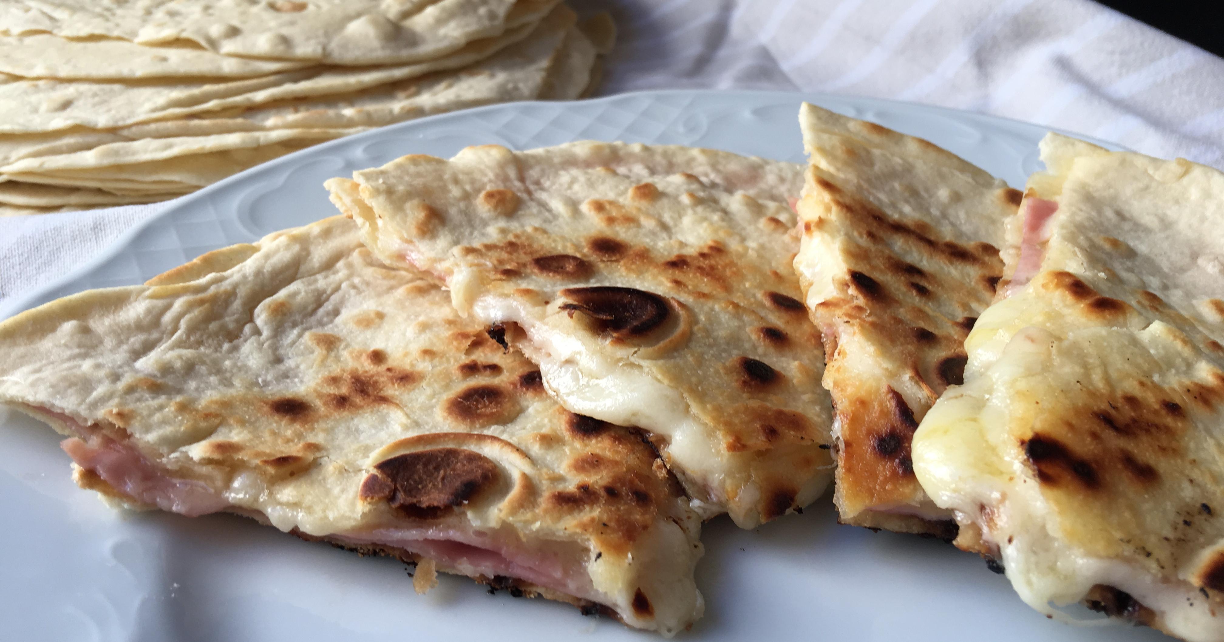 Tortillas de harina de trigo muy fáciles