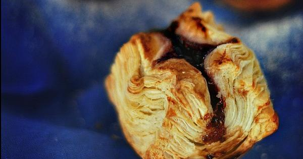 Pasteles hojaldrados de frambuesa