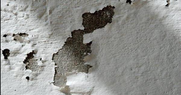 Claves acabar con las manchas de humedad en las paredes