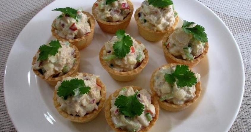 Recetas de ensaladilla e ideas para comerla de una forma diferente