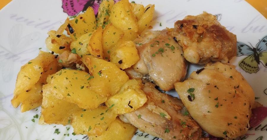 Pollo con patatas al ajo cabañil
