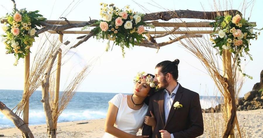Vestidos de novia para ceremonia en la playa