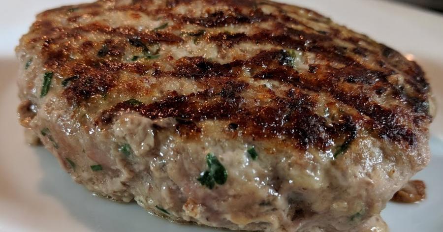 Cómo preparar una carne para hamburguesas jugosa y en su punto
