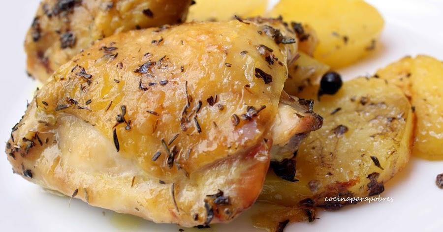 Pollo al horno con patatas: sabes que te encantará