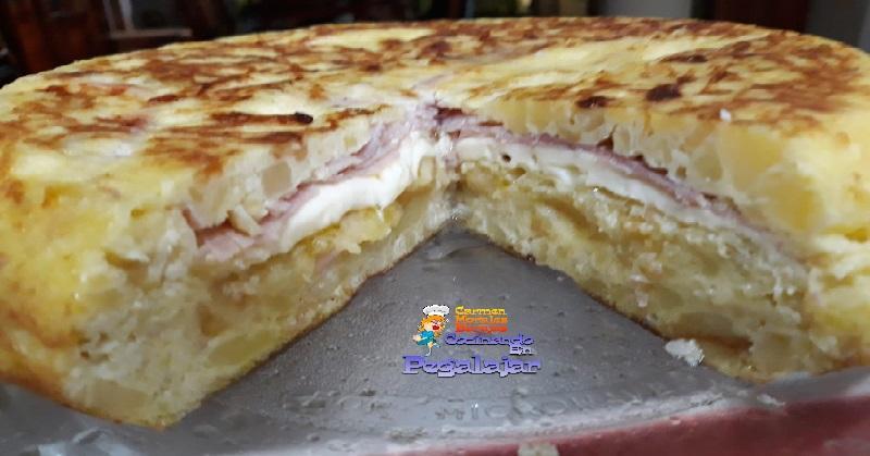 Tortilla de patata ¡con jamón y queso!