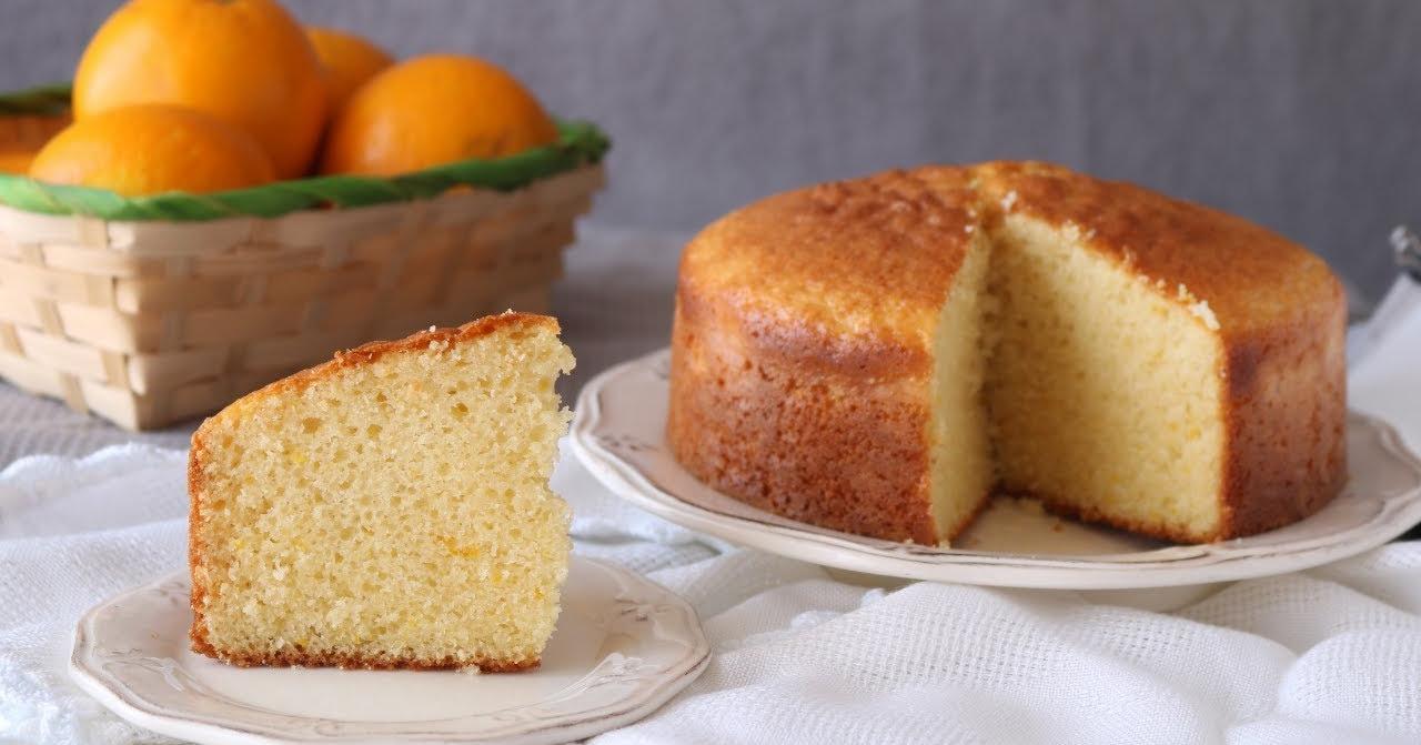 Bizcocho de naranja: la mejor idea para una tarde en familia