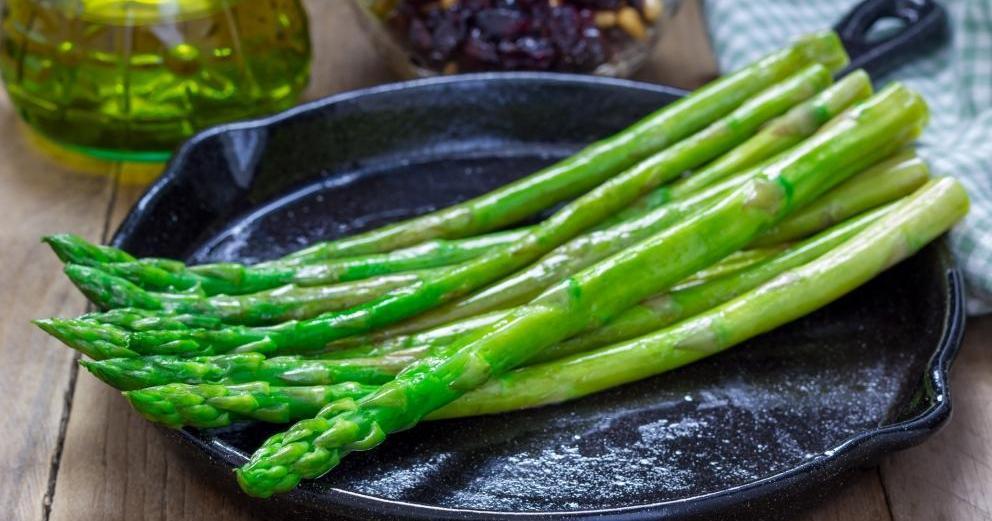 Más sano imposible: ¡Salteado de espárragos verdes!