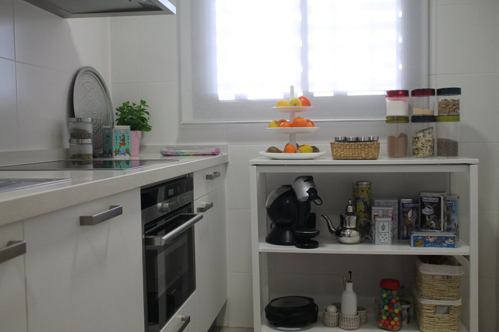 Ideas facil simas para ordenar la cocina decoraci n for Cocinas low cost perillo