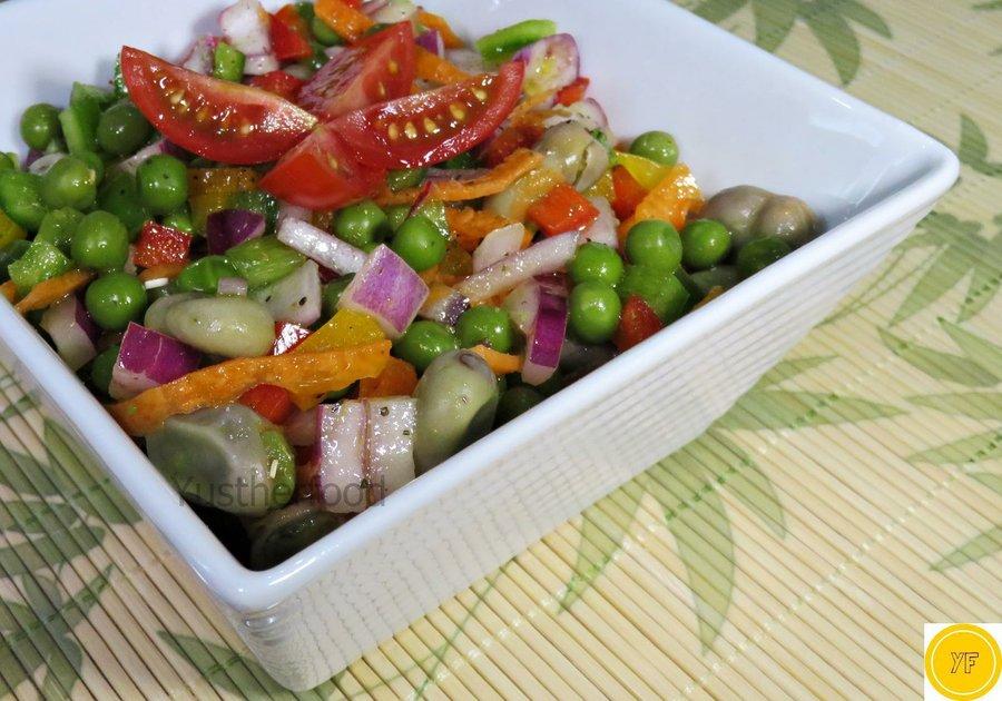 Ensalada de guisantes y habas verdes receta f cil y for Siembra de habas y guisantes