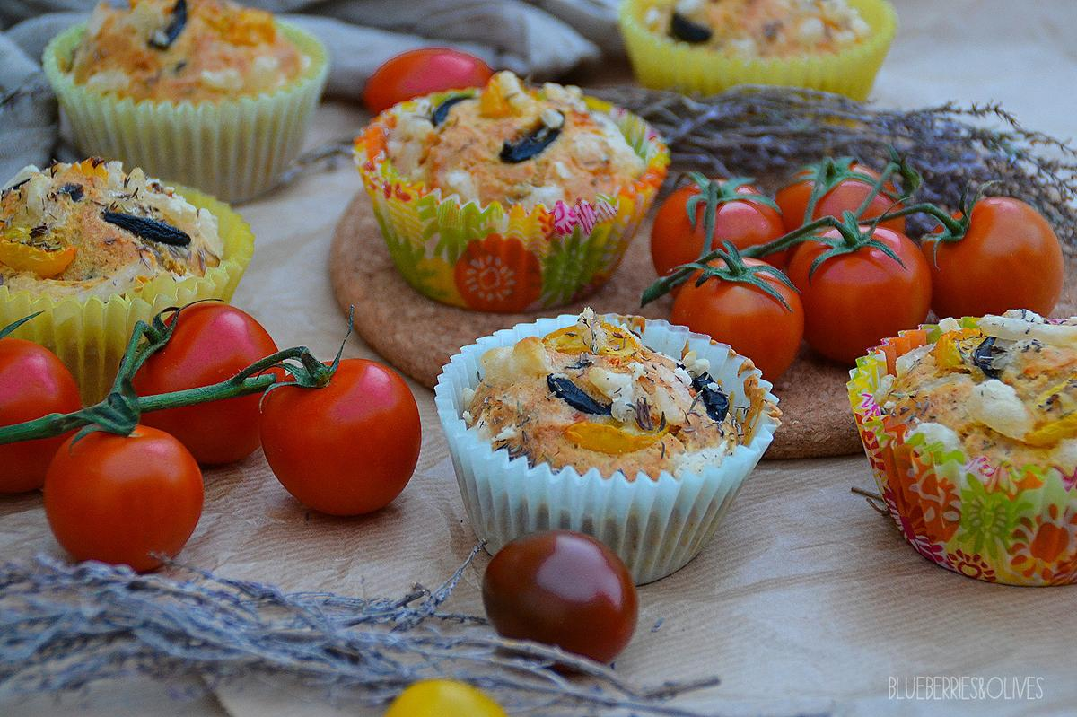 muffins-salados-de-aceituna-tomate-hierbas-blueberries-and-olives-1