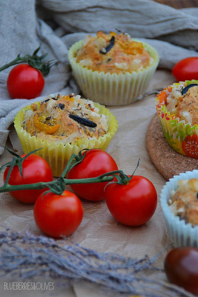 muffins-salados-de-aceituna-tomate-hierbas-blueberries-and-olives-4