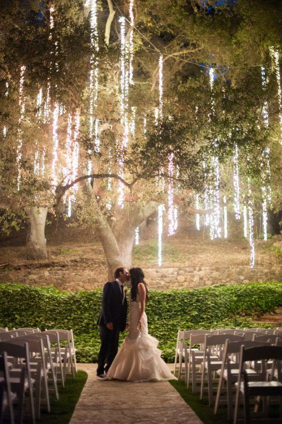 colores-de-boda-iluminacion-raining-lights-1