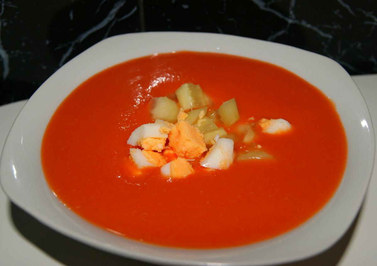 gazpacho-con-huevo-duro