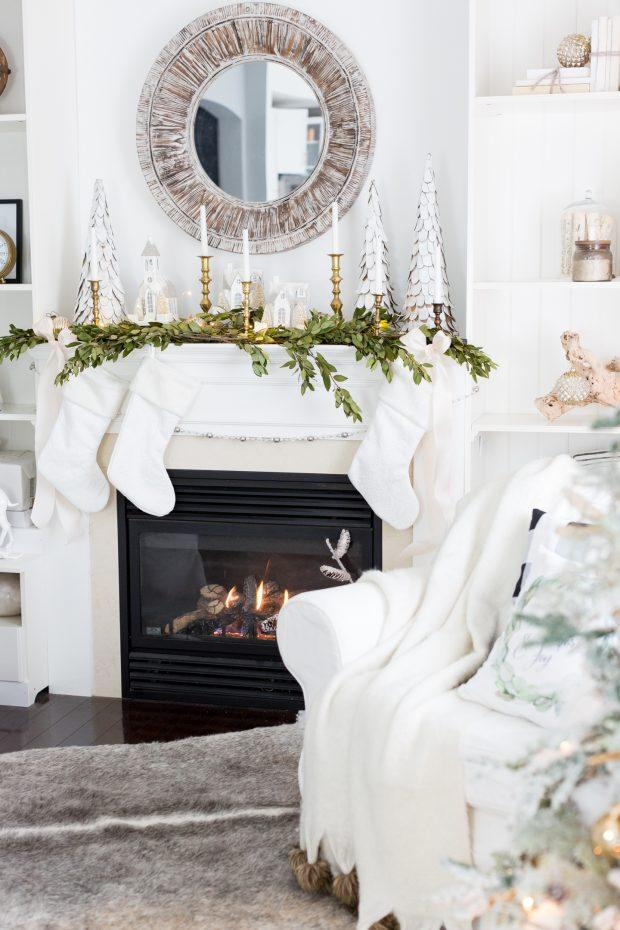 fireplace-decoration-christmas