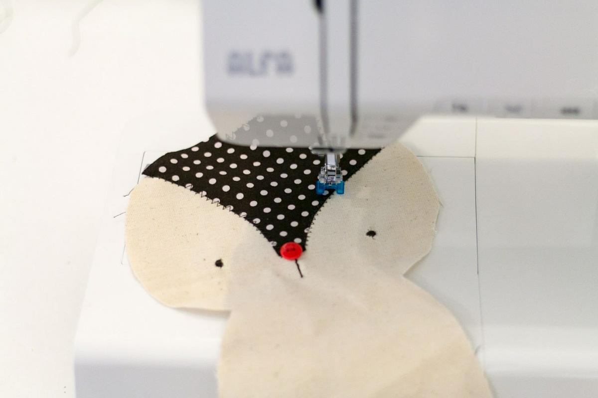 "Muñeco de Trapo DIY - Visto en ""I am a Mess Blog"""