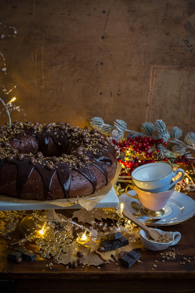 Roscón de reyes de chocolate luces