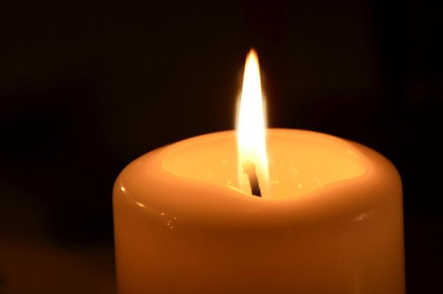 candle-1841492_640