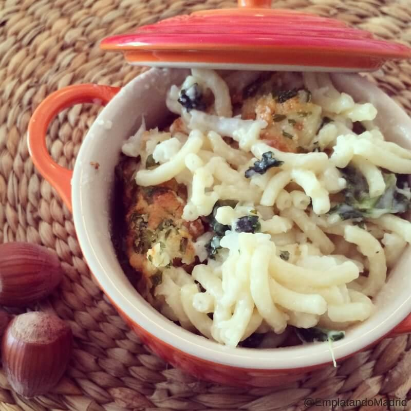 Receta de Mac and Cheese con coliflor y kale