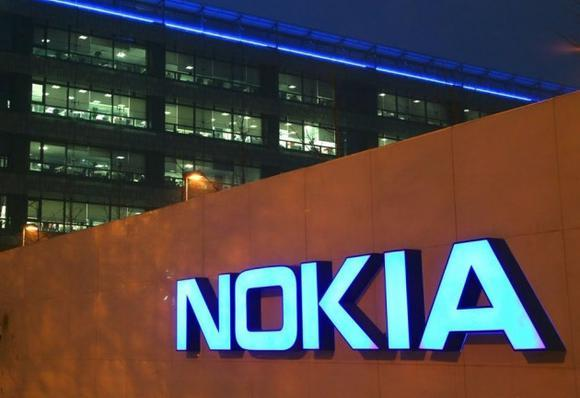 nok-3cecnokia-headquarters-logo-sign-001-630x472_large