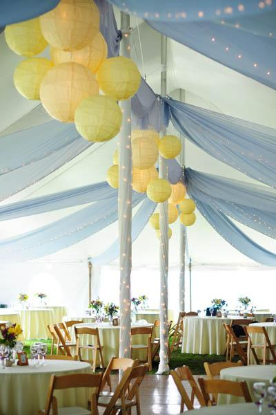 spring-wedding-colors-yellow-blue-larsens-photograph