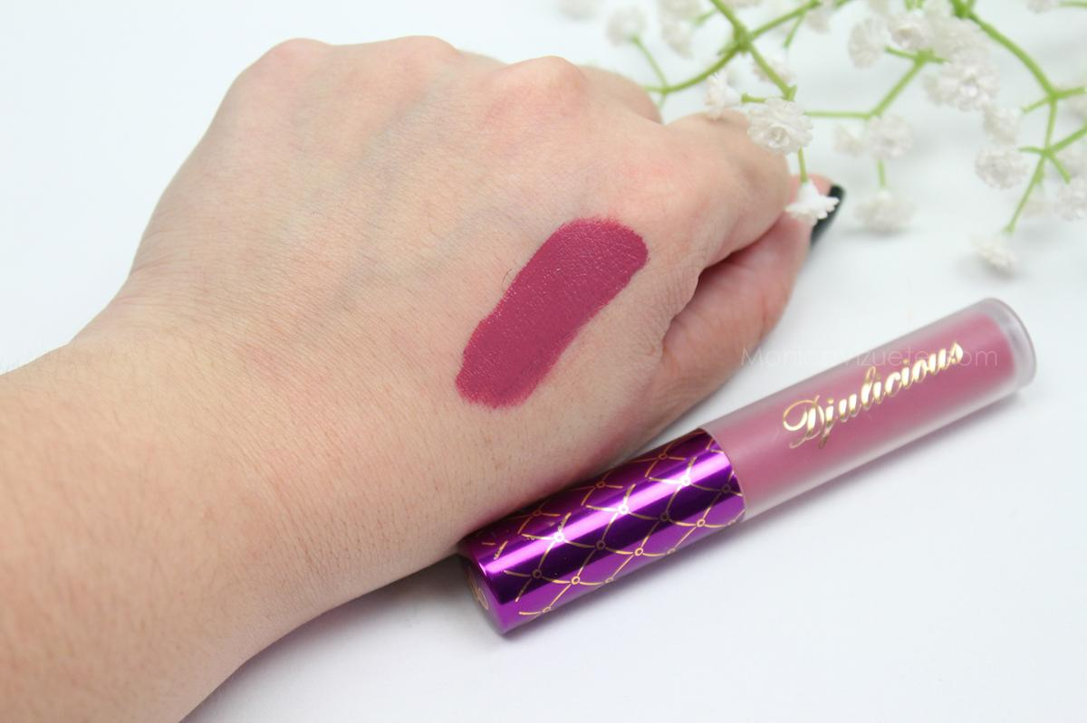Swatches-djulicious-lipstick-dulcematte-monica-vizuete-booolicious