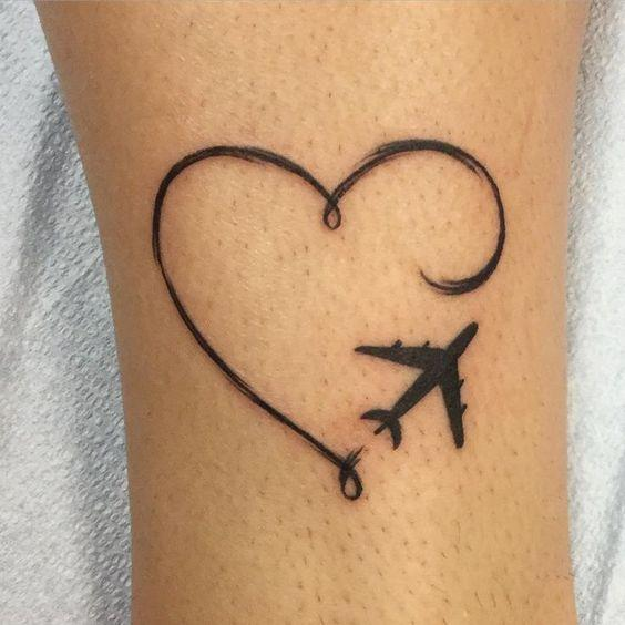 corazon y airplane tatoo