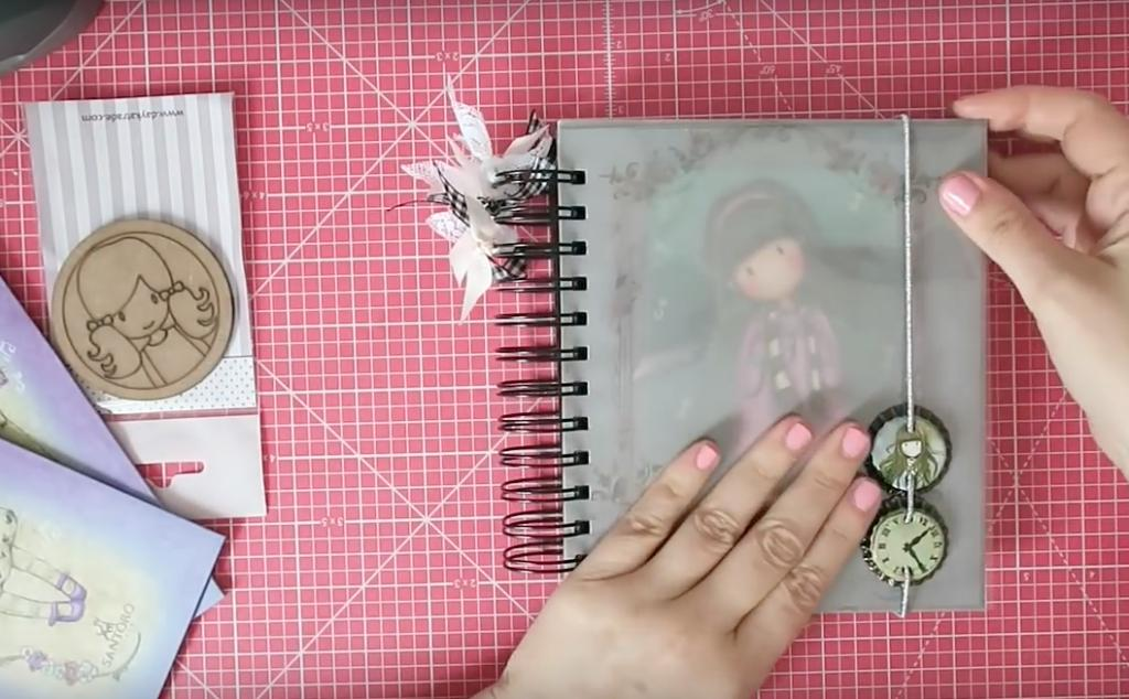 Libreta Gorjuss DIY