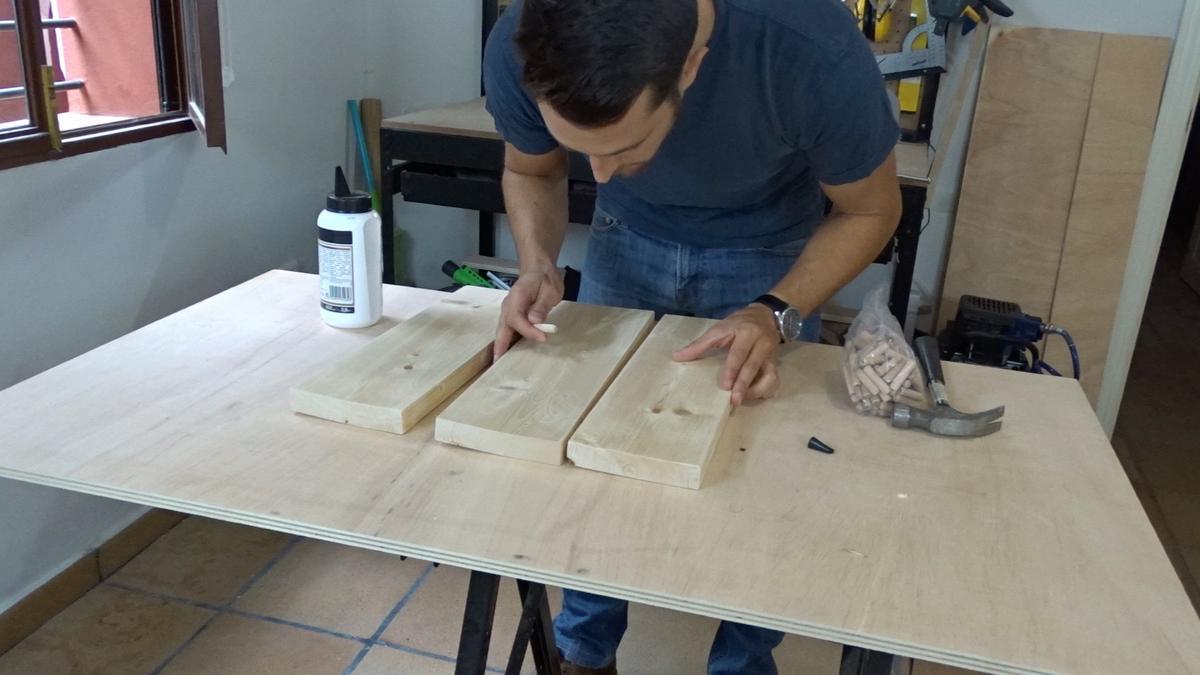 Mesa auxiliar de diseño industrial 2 : Industrial side table