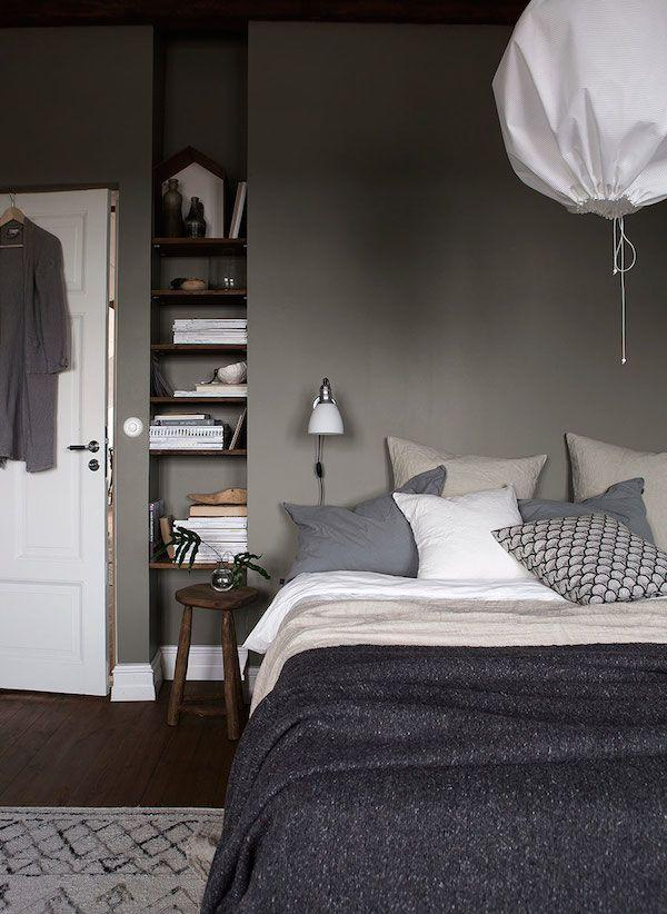 dark grey wall bedroom