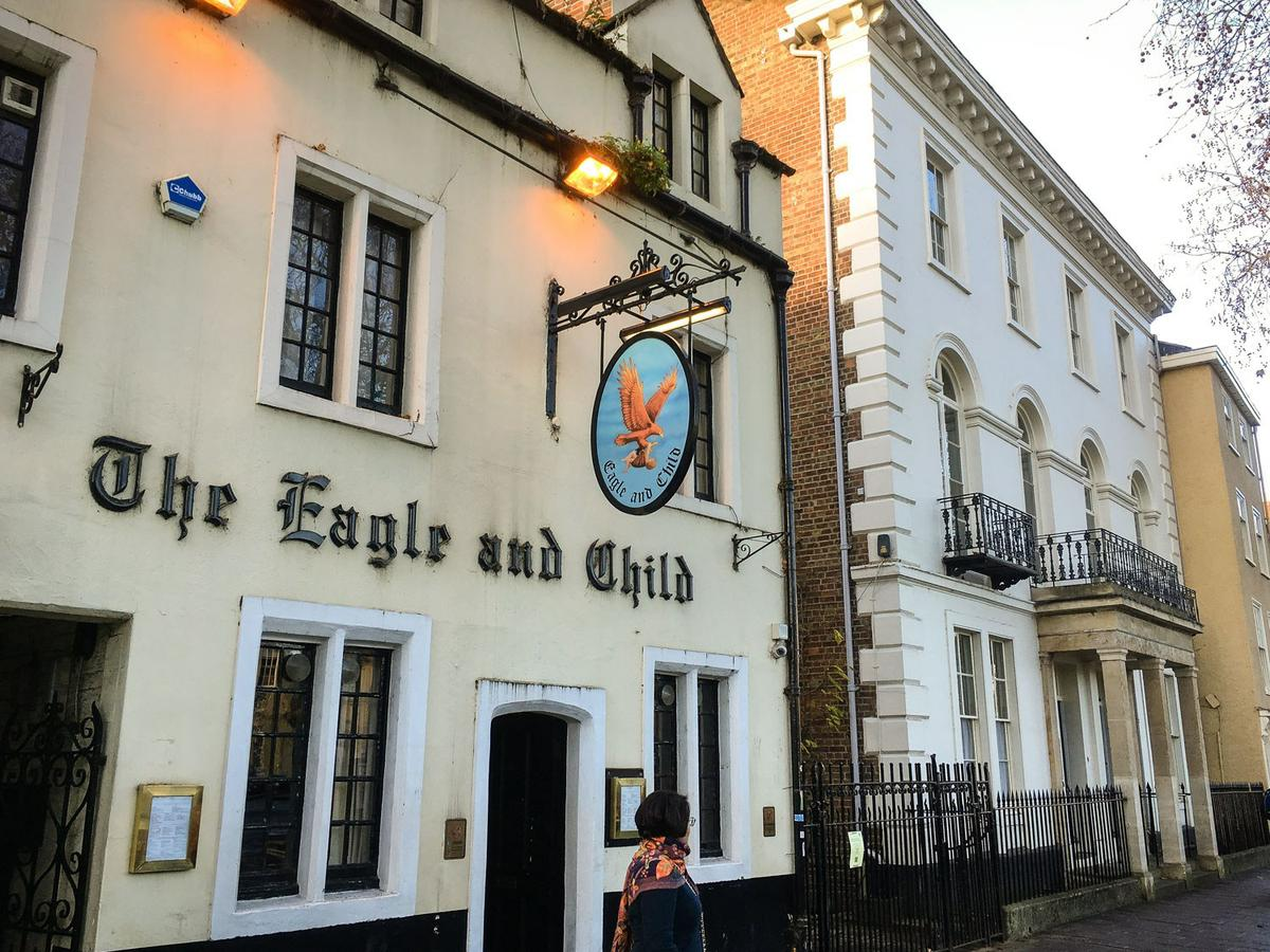 Pub The Eagle and Child en Oxford